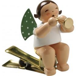 Engel auf Klemme mit Flöte